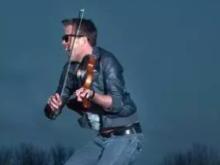 music, violinist
